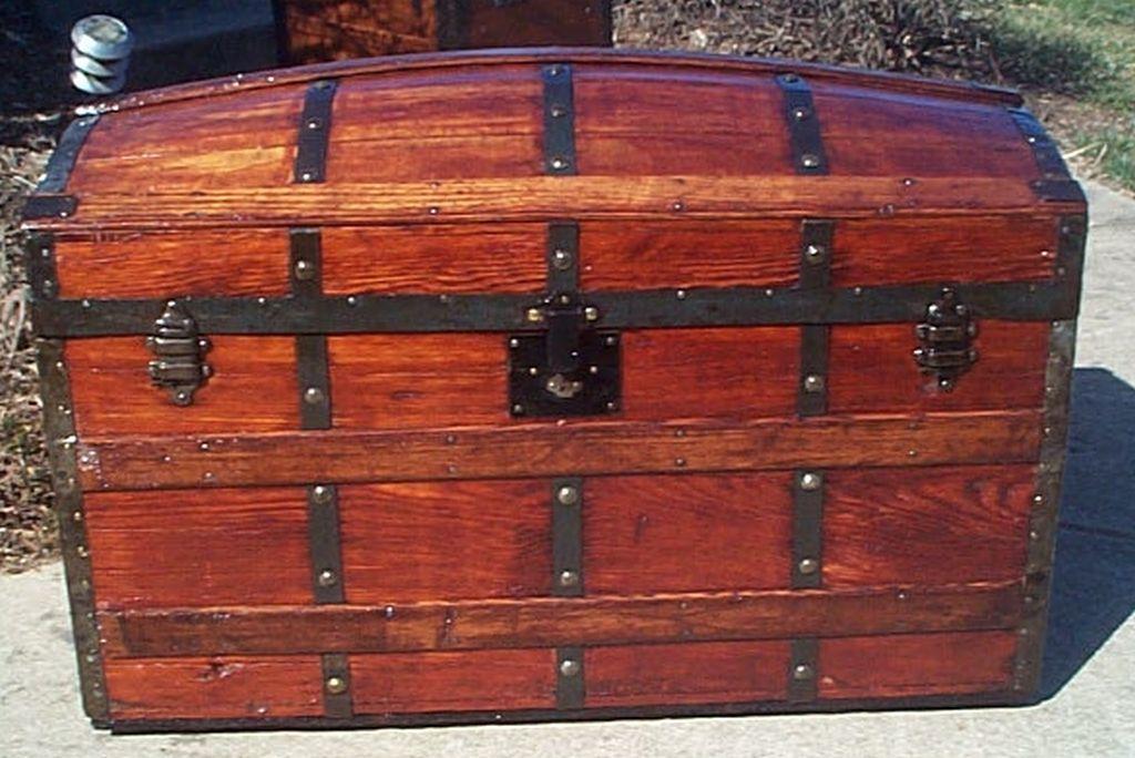 358 Restored Antique Steamer Trunks For Sale Wood Leather Bau