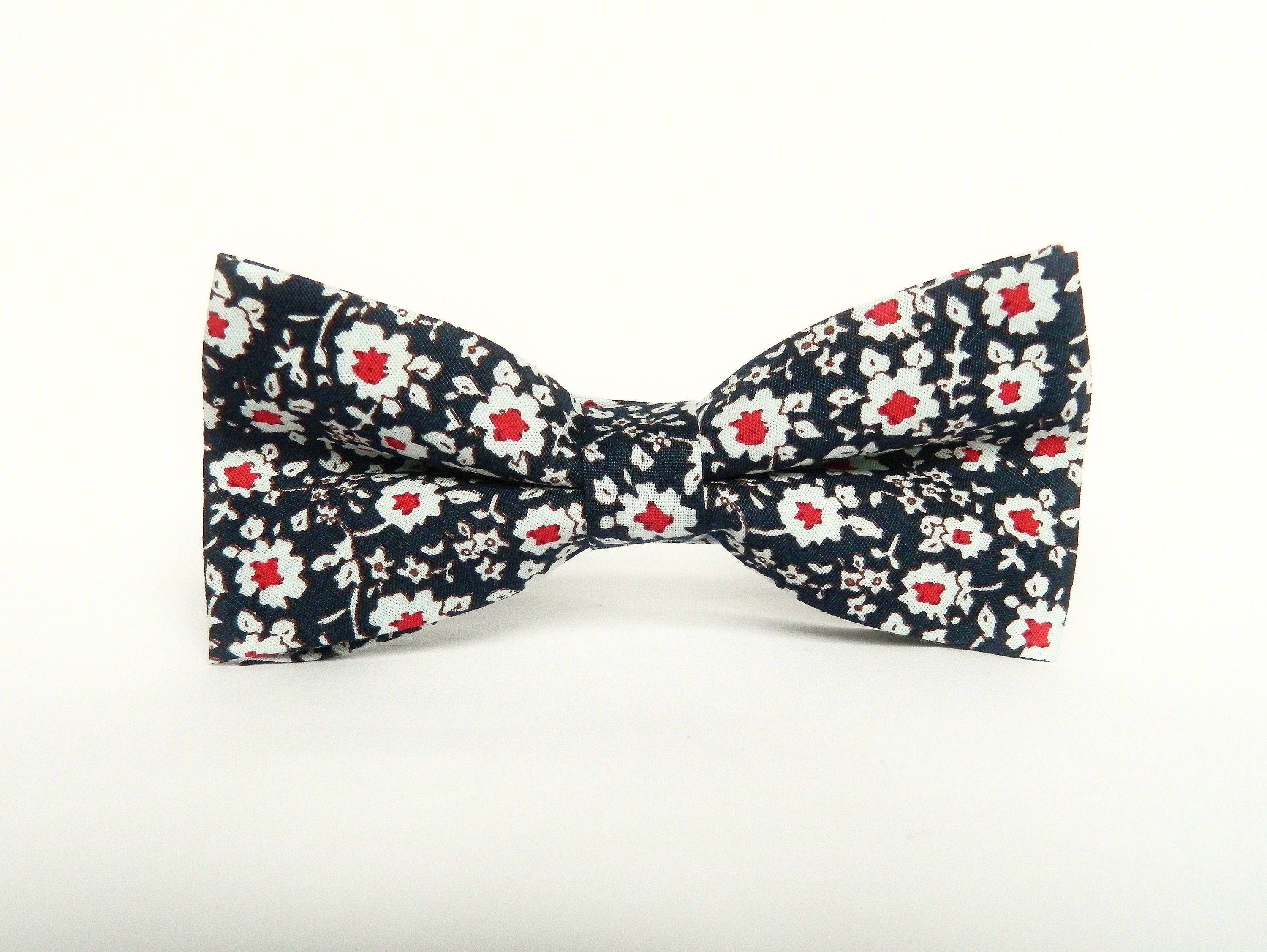 Red Daisy Navy Blue Floral Bow Tie Floral Pre Tied Bow Tie Wedding Red Navy Floral Bow Tie Gift For Men Groomsmen Uk Tie Gifts Red Wedding Floral Bow Tie