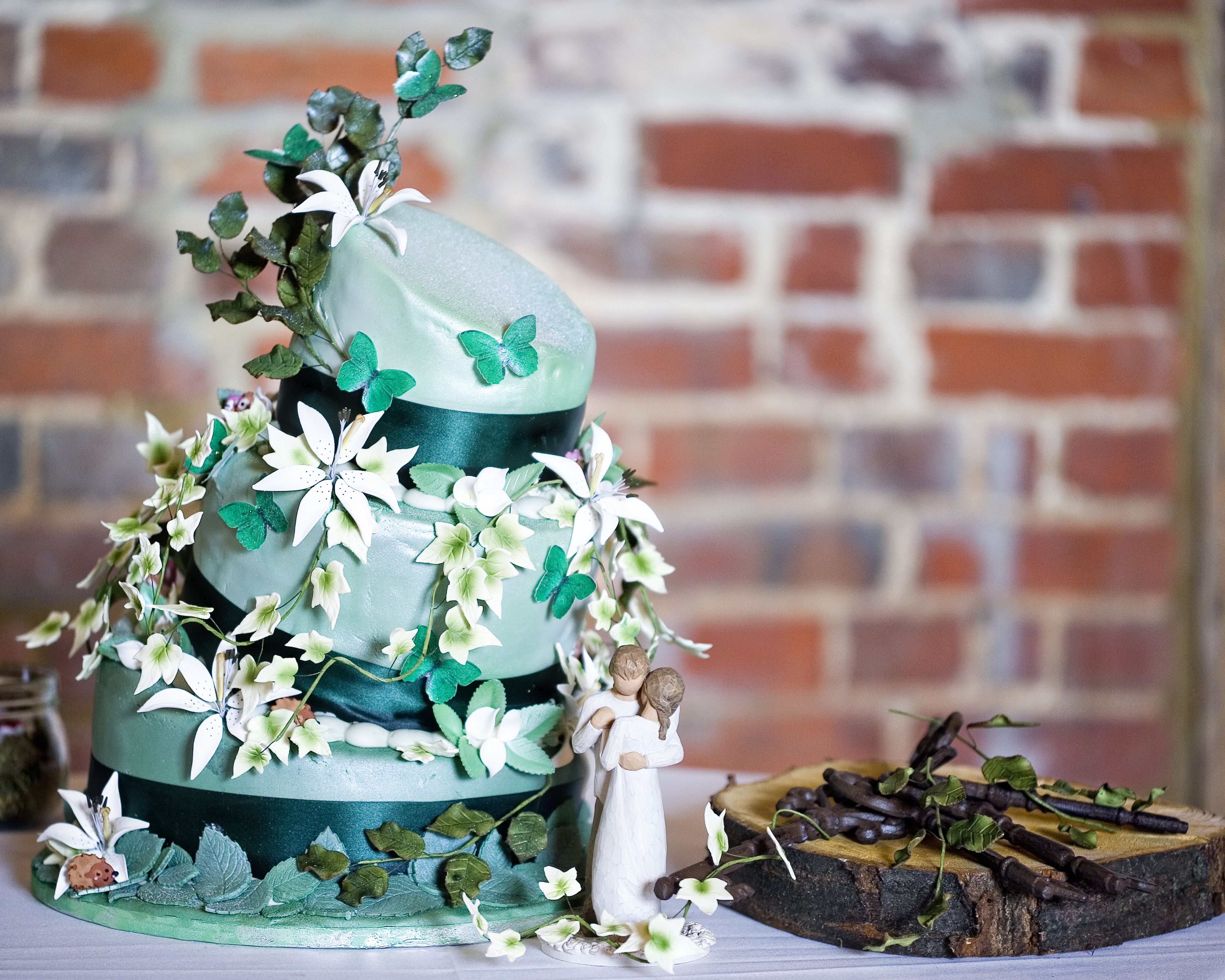 woods themed wedding cakes enchanted forest themed wedding cake designed and made by 27617