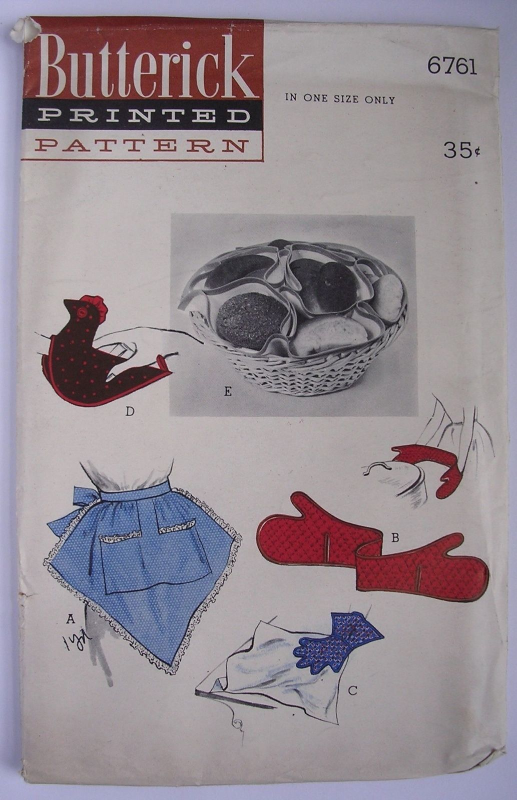 1950's 1953 Butterick 6761 Apron Pattern Bun Warmer Chicken Pot Holder Oven Mitt |