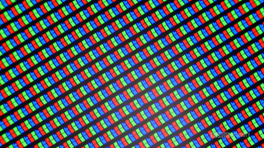 Display showdown AMOLED vs LCD vs Retina vs Infinity