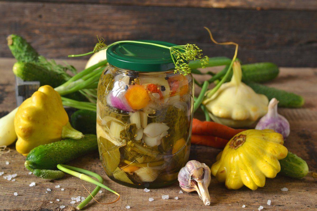 Салат на зиму с патиссонами «Наш огород» | Салаты, Огород, Еда