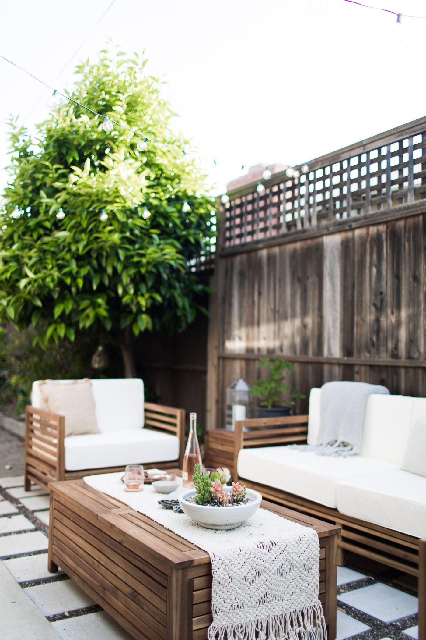 A modern-tropical California outdoor living Room ... on Tropical Outdoor Living id=22819