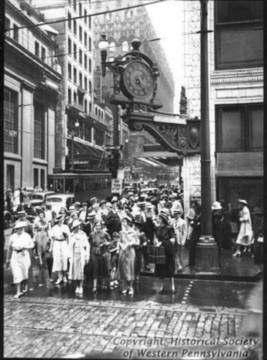 Kaufmanns Clock Pittsburgh Pittsburgh City Pittsburgh Pennsylvania Pittsburg Pa