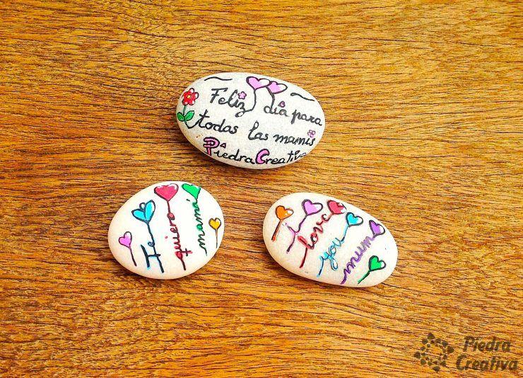 Piedras pintadas con frases te quiero grupo diy for Piedras pintadas a mano paso a paso