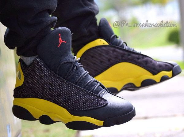 e2e69f03bcf5 Air Jordan 13 Scorpion (Mortal Kombat) (4)