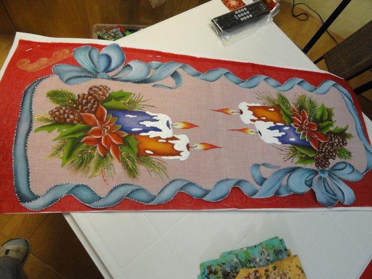 Pin de cida mazzaron em bordados navidad caminos de - Motivos navidenos para pintar en tela ...