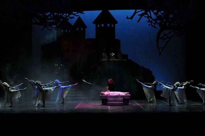 Why give the gift of dance? So we can continue to create audience favorites like Dracula, which will open our 2014-15 season at the Tobin Center for the Performing Arts! #biggivesa https://www.thebiggivesa.org/#npo/ballet-san-antonio