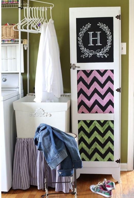 Reciclar un armario para el baño De negro… a blanco. Le hemos dado ...