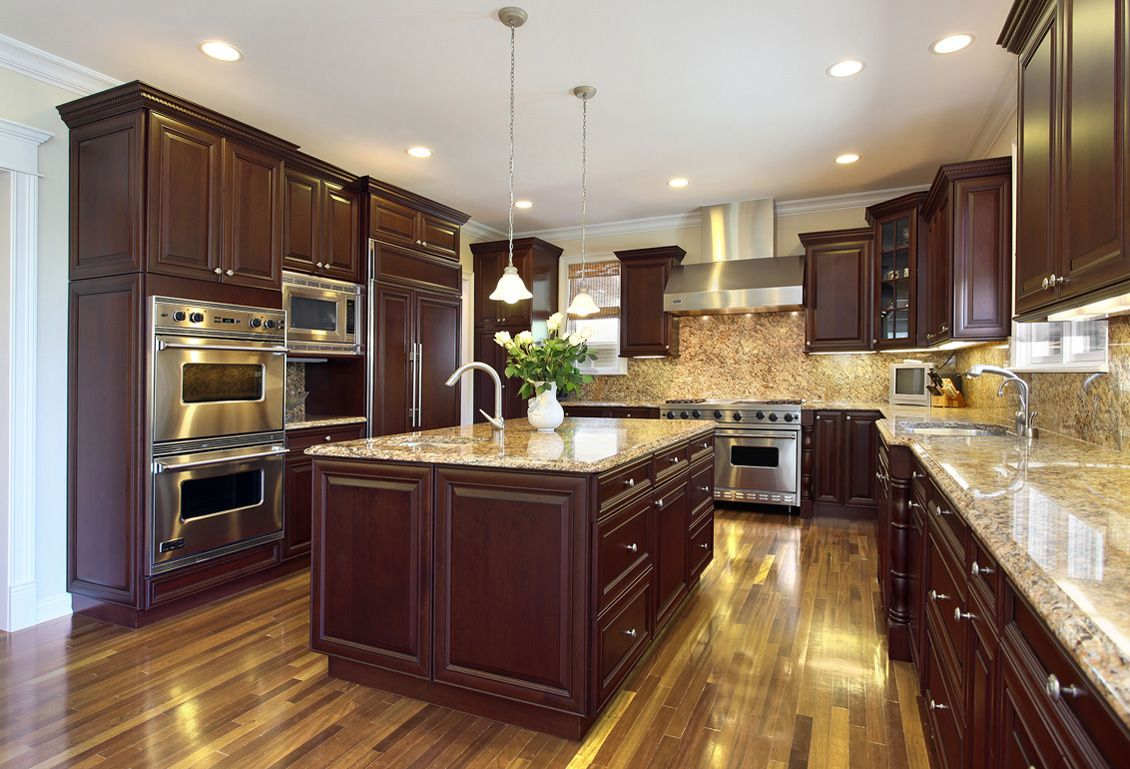 Check Out These Fabuwood Cabinets Classic Elite Merlot Gives This Kitchen The Perfect Dark Underto Kitchen Remodel Small New Kitchen Designs Kitchen Remodel
