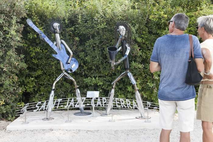Sculpture celebrating jazz at Cap Ferrat