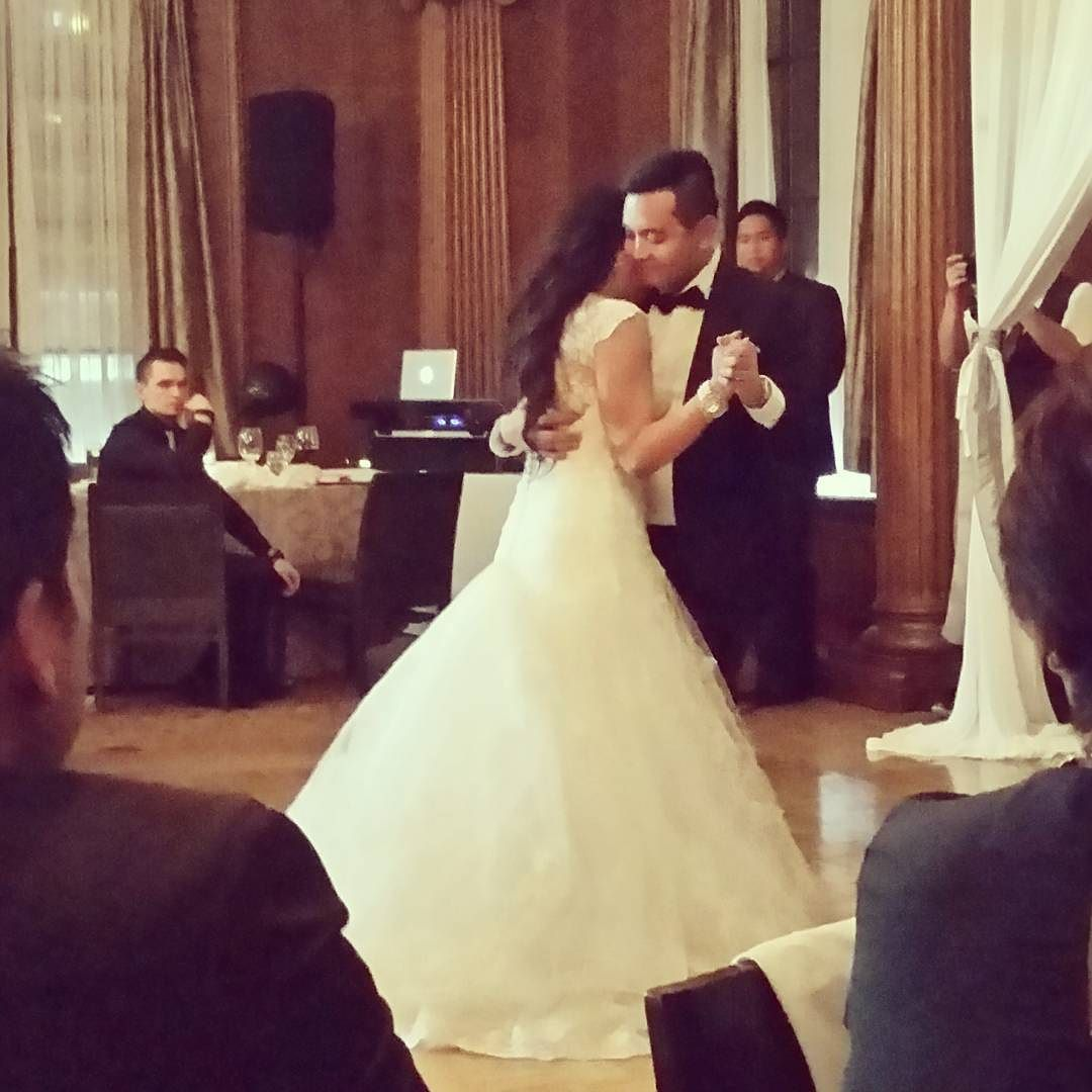 awesome vancouver wedding Their first dance! So happy for them! #bawlingmyeyesout #canyoufeelthelastimozastonight #love by @canadagirl16  #vancouverwedding #vancouverwedding