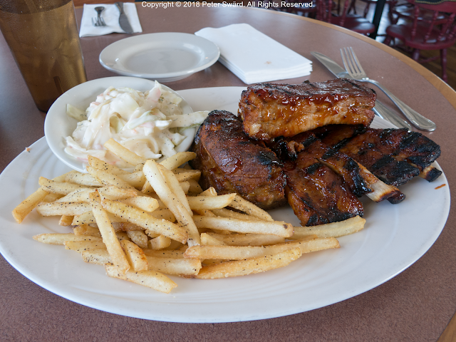 The Daily Lunch Jami S Kitchen Salem Bbq Ribs That Come With Fries And Coleslaw Was Excellent Fries Was Outstanding Lunch Bbq Ribs Food
