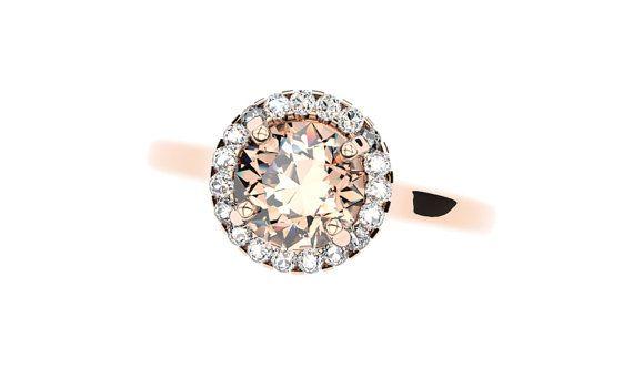 14k or Rose Morganite Diamond Halo Ring en 14k or par HeavenlyBands