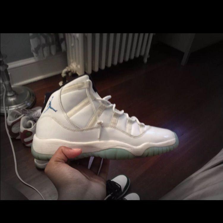 detailed look d6422 2605f Jordan Shoes | Jordan 11 Retro Columbias | Color: Cream ...