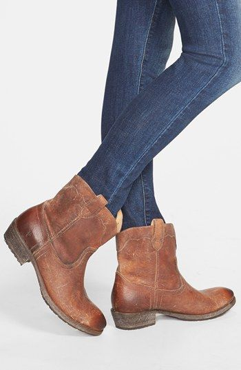 a7998435508 Frye  Carson Lug  Short Boot