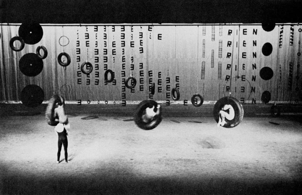 Françoise Sullivan, Rien, 1966, stage design for the