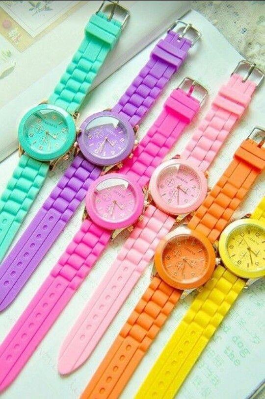 Relógios coloridos