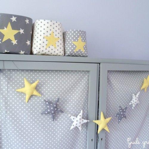 Guirlande d\'étoiles gris/ blanc/ jaune   Chambre BB   Pinterest ...