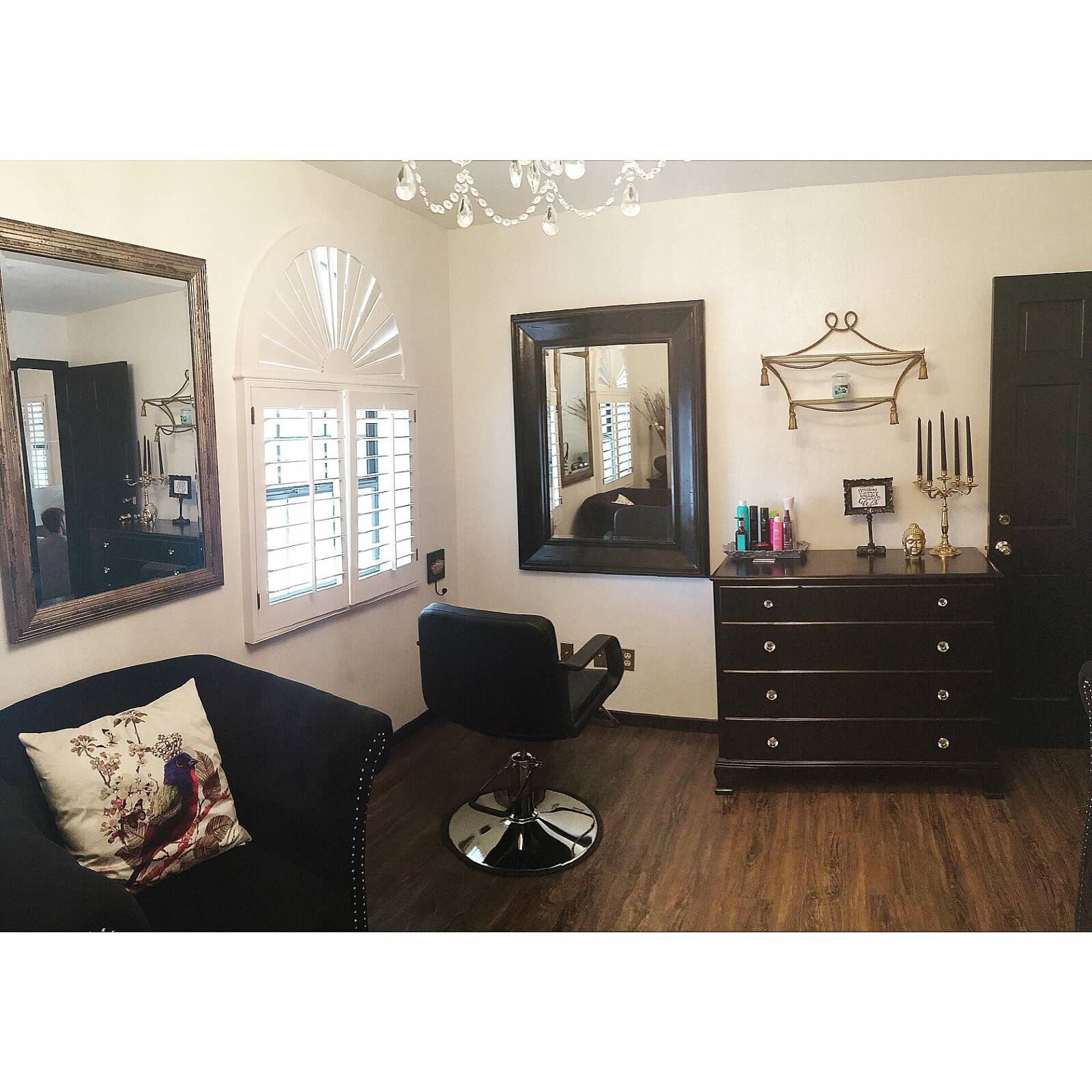 My station at Pretty Salon What a gorgeous place to relax have a
