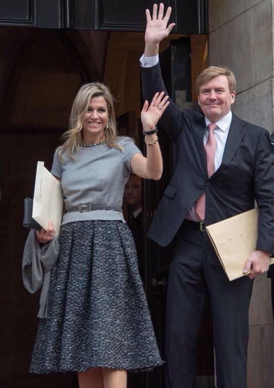 Koning Willem-Alexander en Koningin Máxima bij uitreiking van Grote Prins Claus Prijs 2015. 2 December