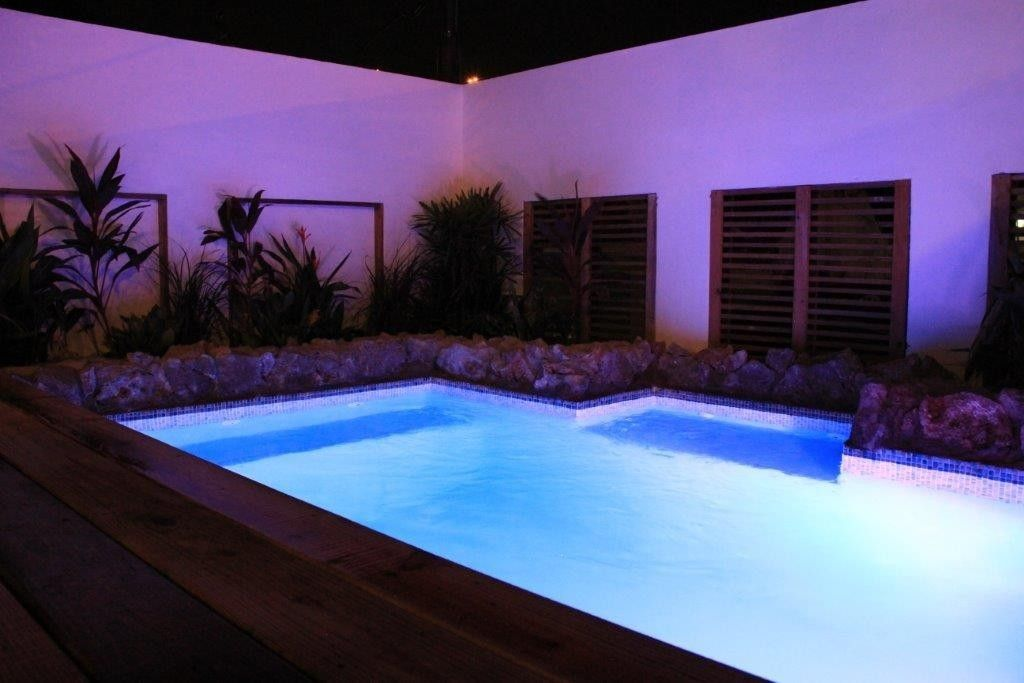 Curacao apartment rental Plunge pool dimensions 2.5x3