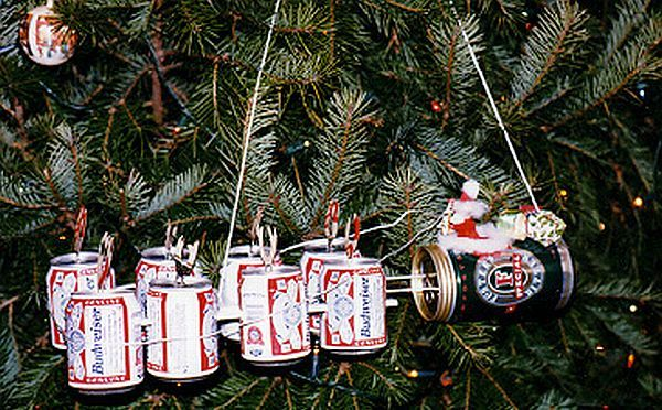 redneck wind chimes from recycled cans | Beer can Ornaments. - From Ordinary To Extraordinary: Used Beer Cans Turned Into Creative