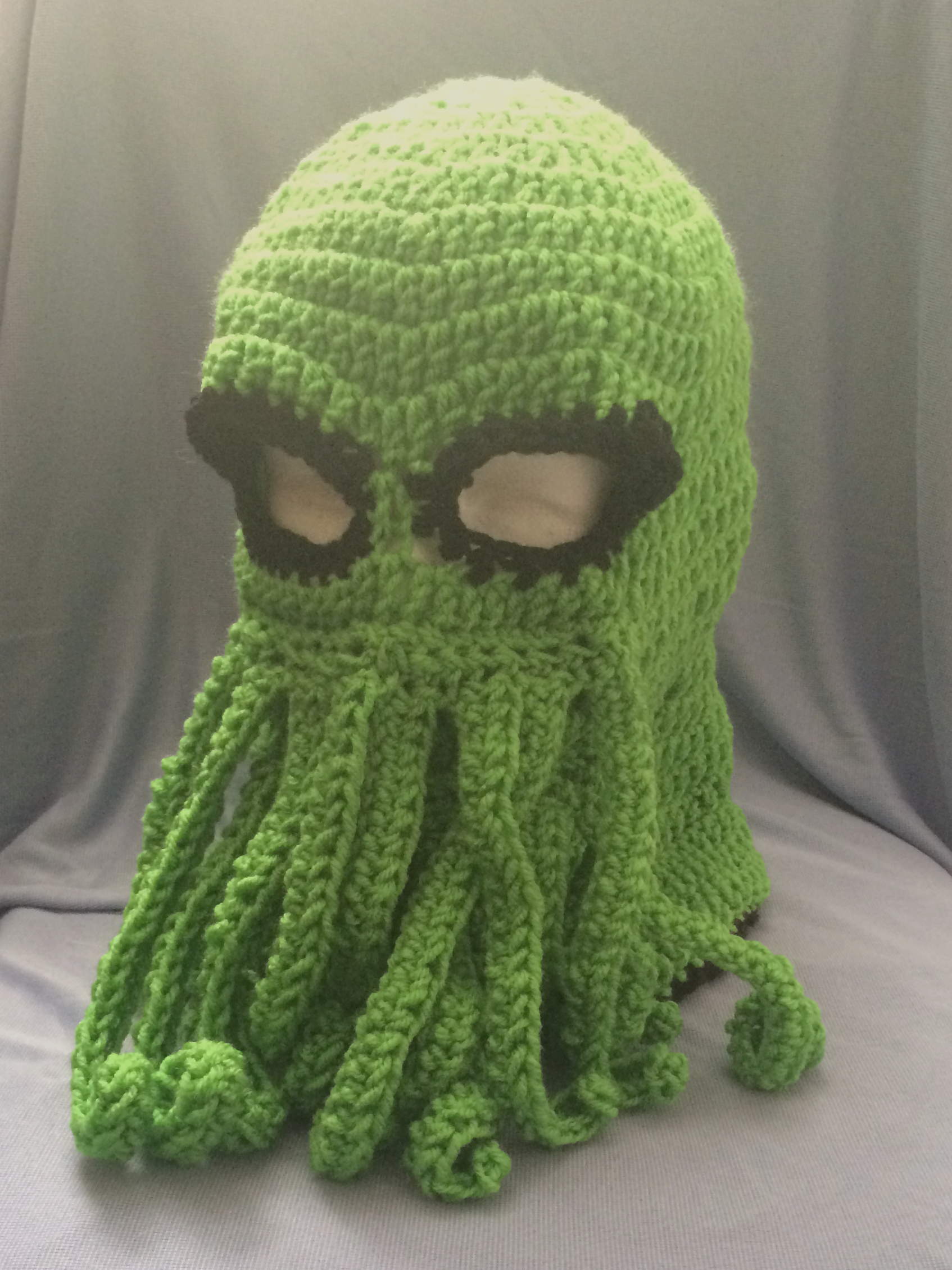 Crochet Cthulhu Mask I Couldnt Find A Pattern That Was Freei Liked