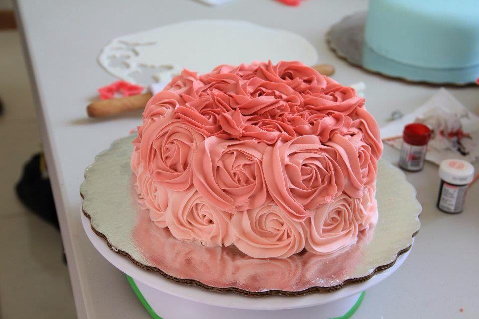 Cake in rose