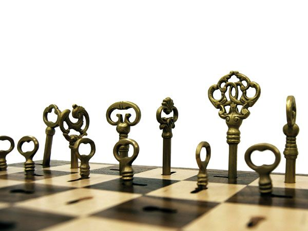 9 Bizarrely Beautiful Diy Chess Sets Diy Chess Set Chess