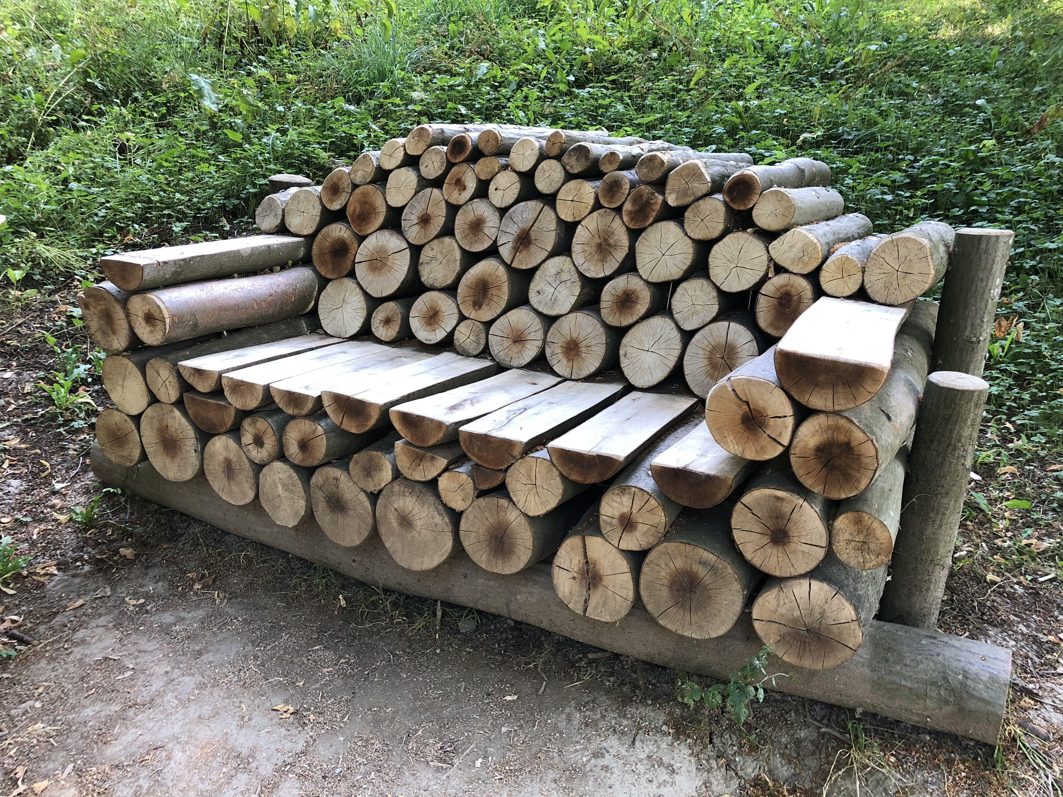 Sitzbank Aus Holzstammen Holz Holzstamm Bank