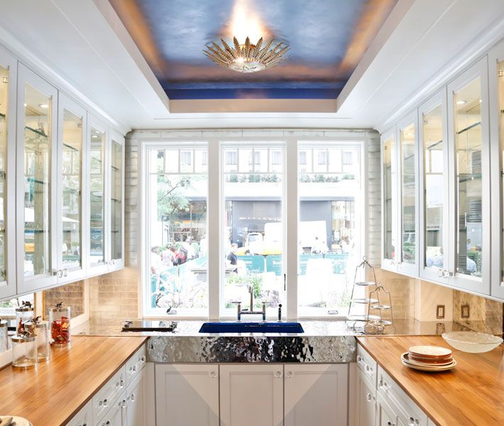 Love The Blue Tray Ceiling