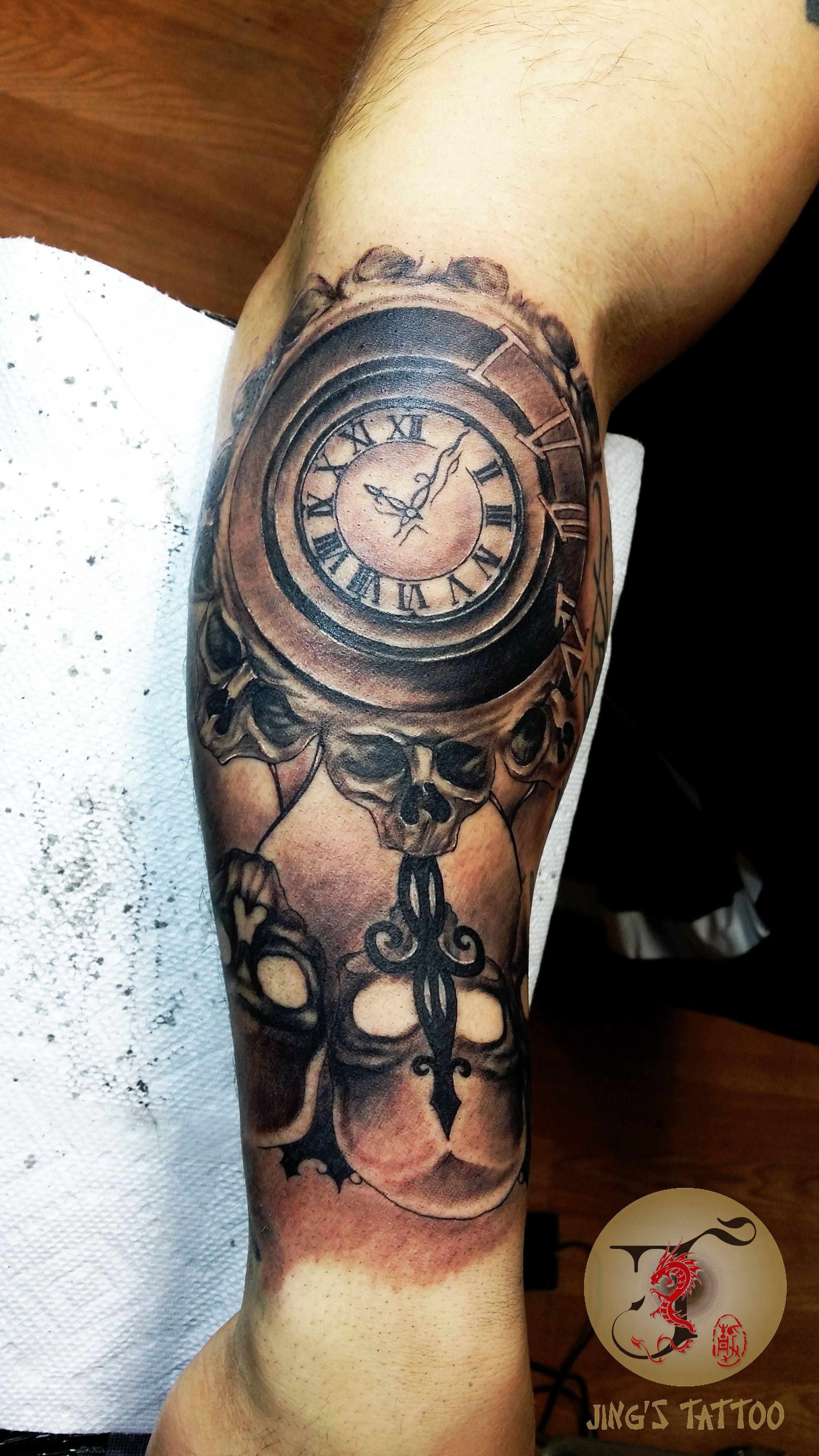skull clock tattoo tattoos pinterest. Black Bedroom Furniture Sets. Home Design Ideas