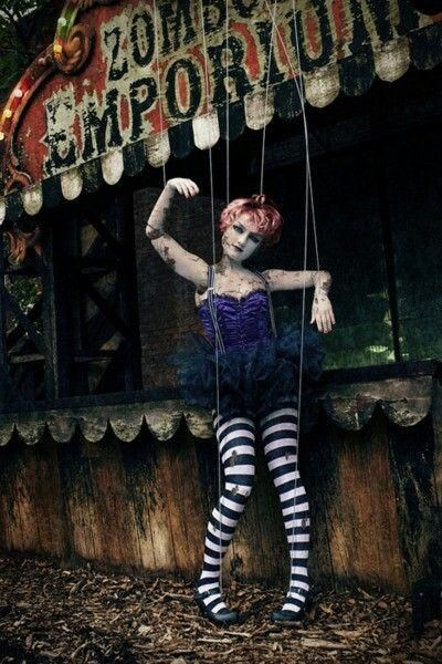 Creepy Marionette Doll Costume   HalLoWScrEaM TimE   Pinterest ...