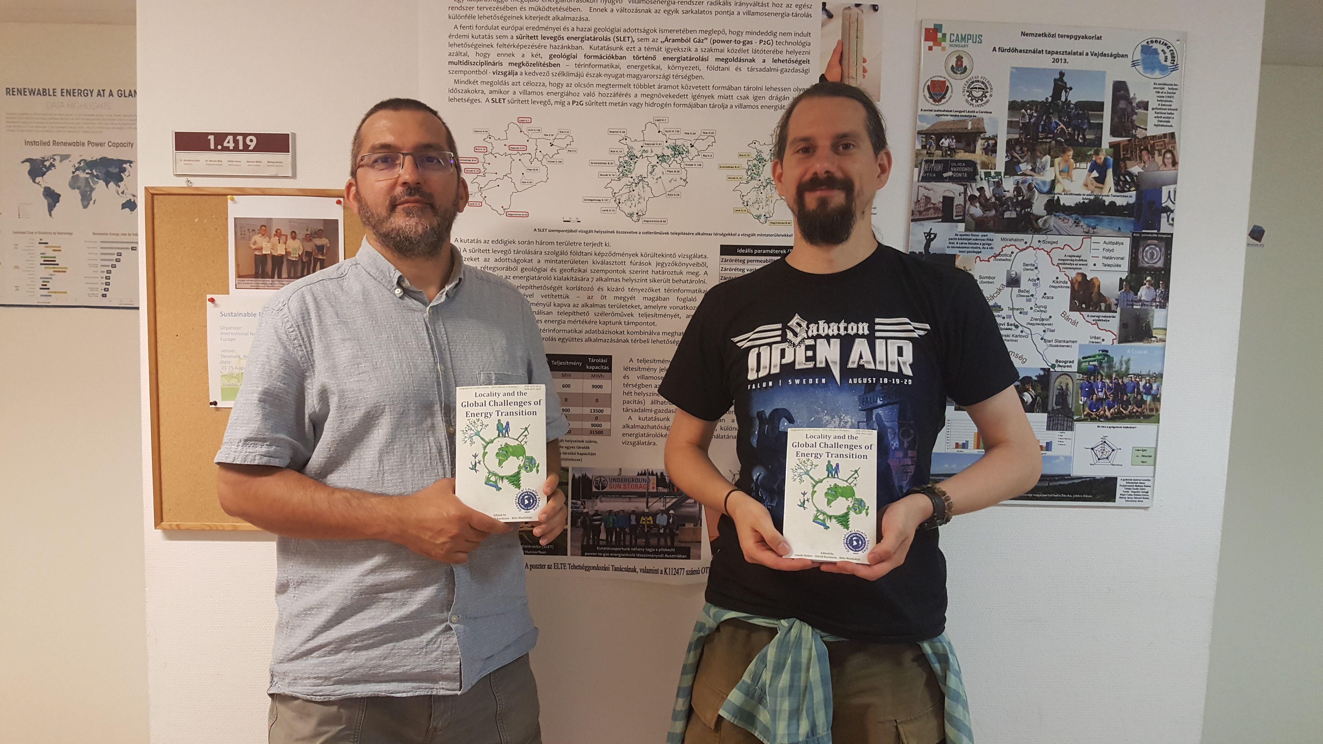 Editorial meeting at the ELTE University in Budapest, posing with brand new GLS 4 books. The online version is available free of charge at www.frugeo.science/gls4.html