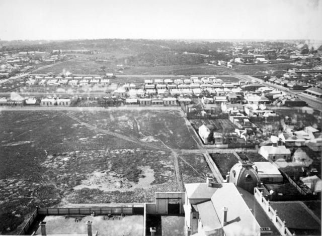 Looking north up Hoddle towards Clifton Hill in 1887: