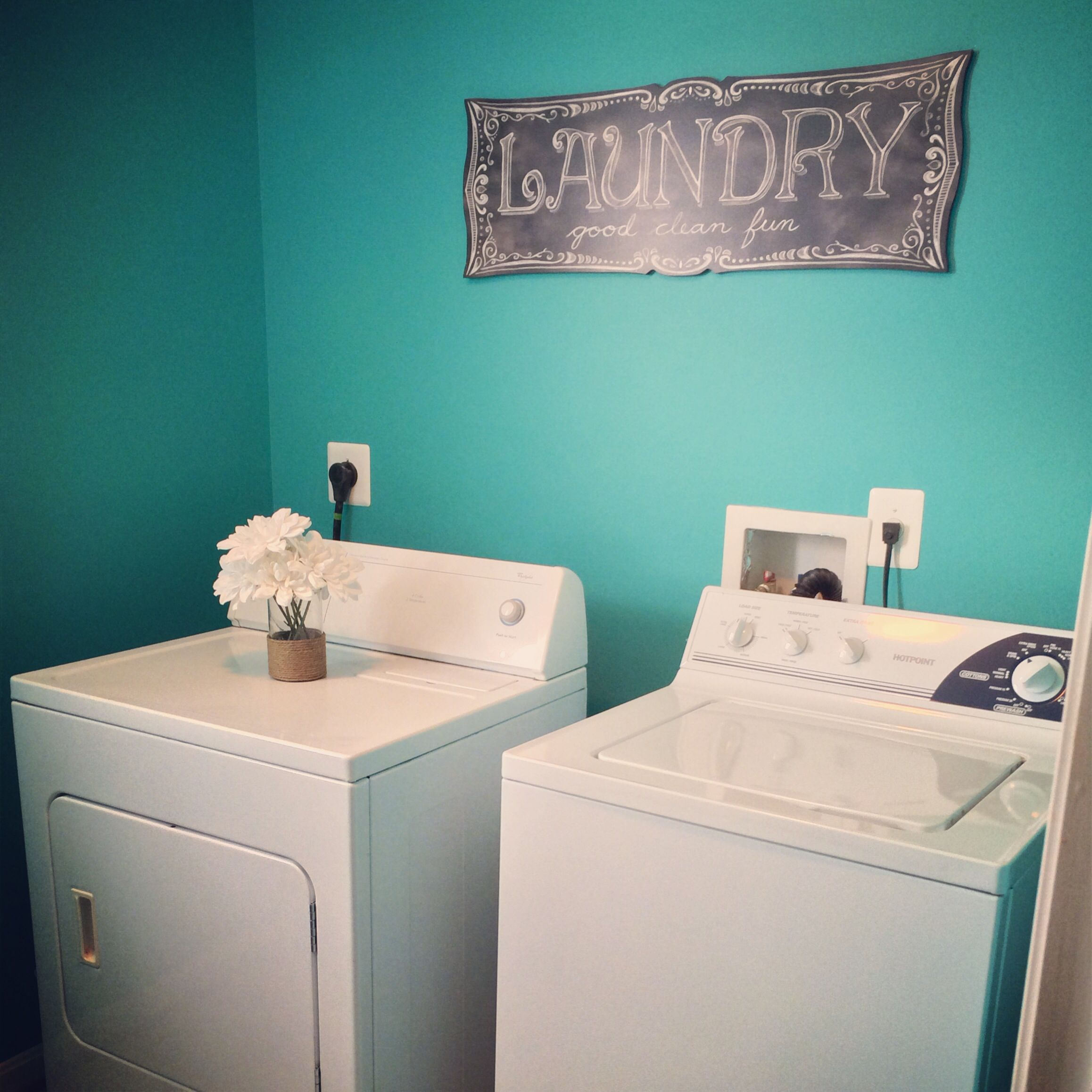 Bright Beautiful Laundry Room Makeover Valspar Turquoise Tint