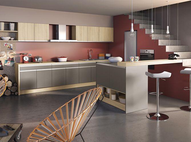 Design mur bordeaux photo socoo 39 c cuisine kitchen for Cuisine mur taupe
