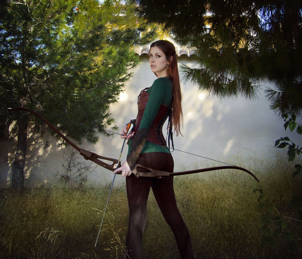 Incredible Tauriel cosplay from Lord of the Rings! - 12 Eowyn, Arwen, and Tauriel Cosplays