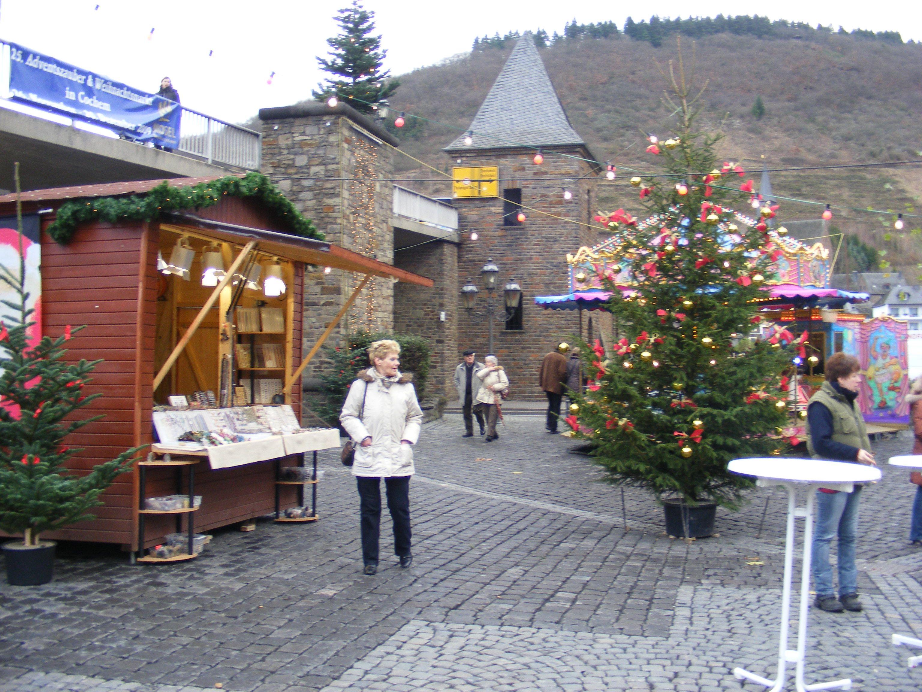 Cochem Weihnachtsmarkt.Weihnachtsmarkt Cochem Deutschland House Styles Home Decor En Home