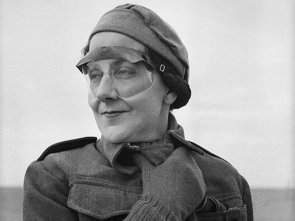 Miss Jean Pitcaithy, a nurse with a New Zealand Hospital Unit stationed in Libya, wears goggles to protect her against whipping sands, on June 18, 1942. (AP Photo)