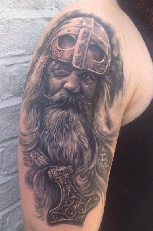 age of vikings tattoo motive tattoo tattooed tattoos viking tattoos pinterest viking. Black Bedroom Furniture Sets. Home Design Ideas