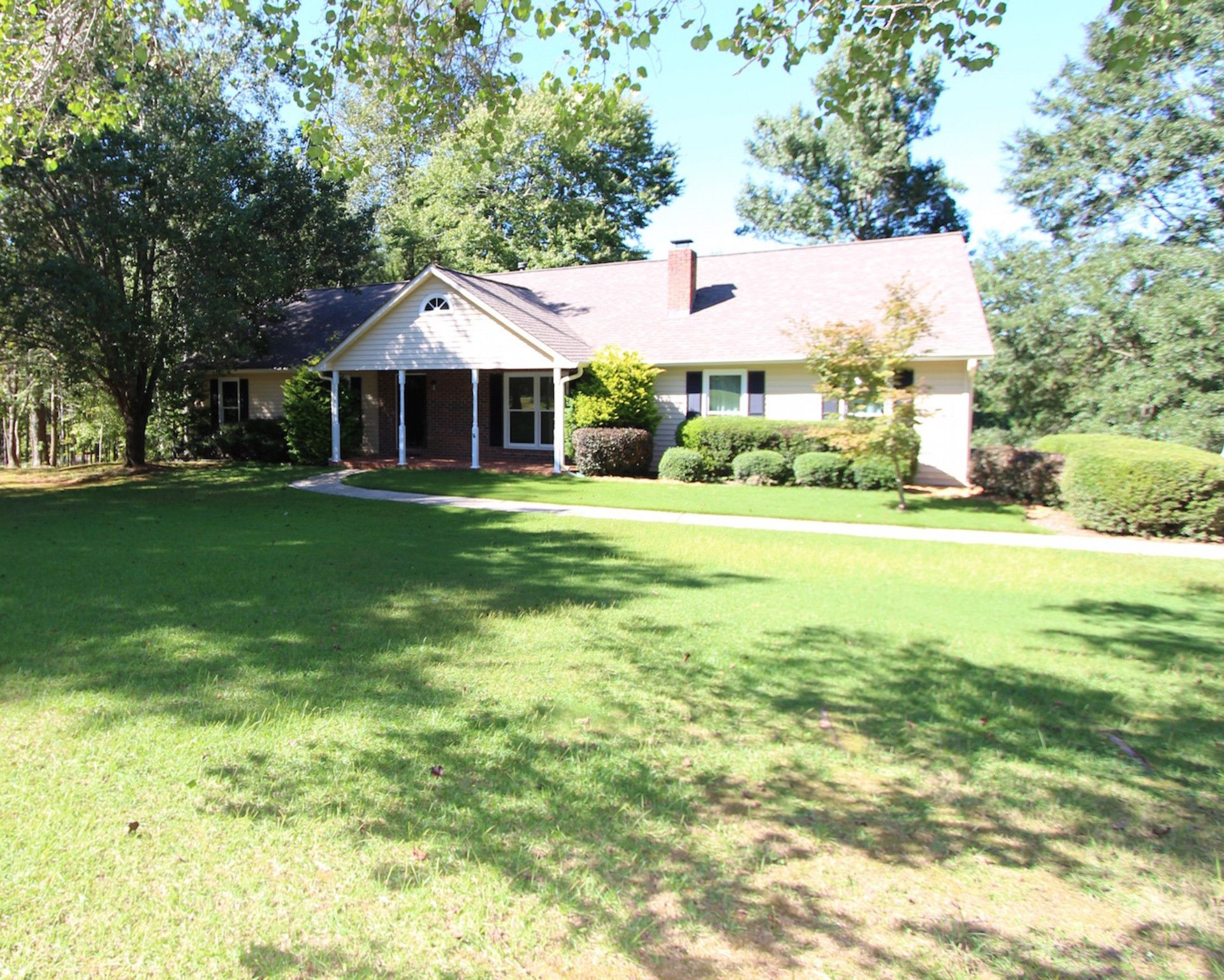 Huge Price Drop For This Updated Ranch Home On 4 Acres In Canton Ga If You Re Looking For Less Steps And More Land Don T Let T Ranch House Acre Outdoor Decor