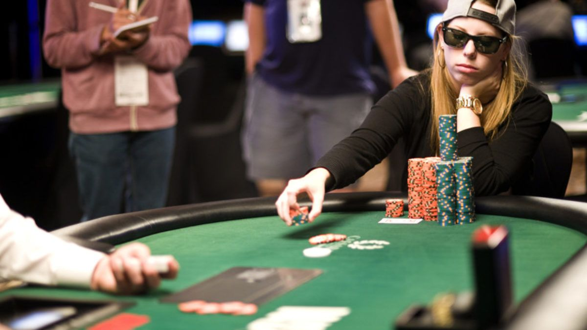 Professional Card Player Name In 2021 Poker World Series Of Poker Online Poker