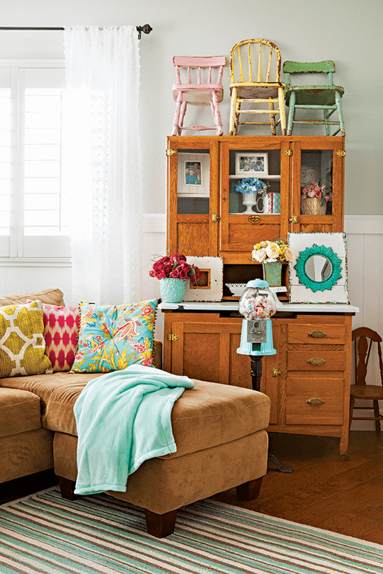 Colorful Vintage Cottage Style Cottage Style Decorating Renovating And Entertaining Ideas For Indoors And Out Country Cottage Decor Cottage Style Cottage Style Decor