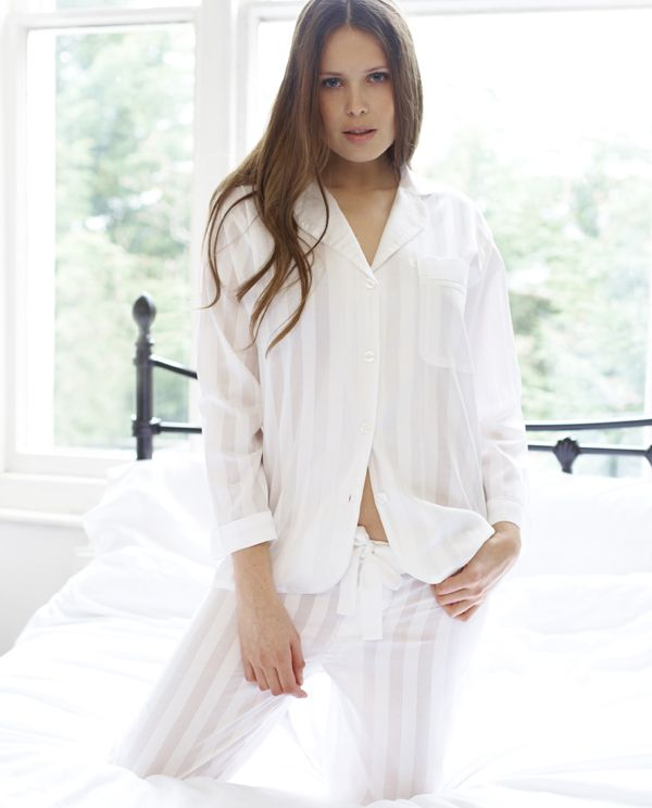 eeec6a0129 White cotton pyjamas