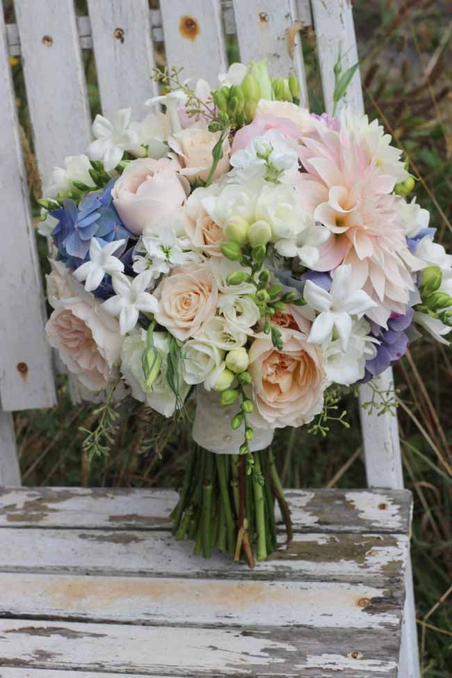 romantic bridal bouquet with cafe au lait dahlias garden roses stephanotis hydrangea