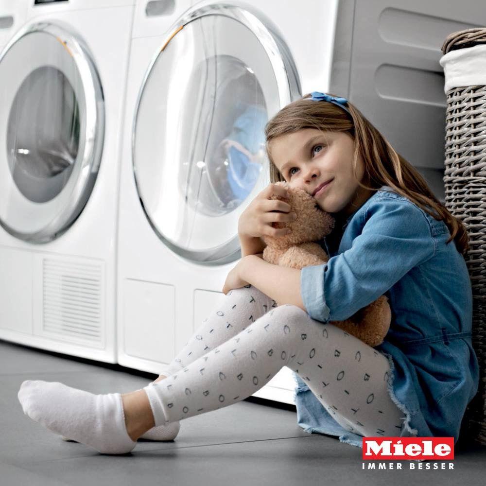 L'unione fa la forza!  Acquista una lavatrice W1 o una lavasciuga WT1 Miele con sistema TwinDos e riceverai un buono per una fornitura di detersivi per un anno intero. #sistema #twindos #miele #showroom #rossimobili #botticino