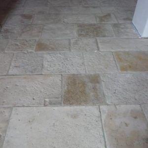 Antichi Pavimenti in Pietra di Trani Originale da Interno