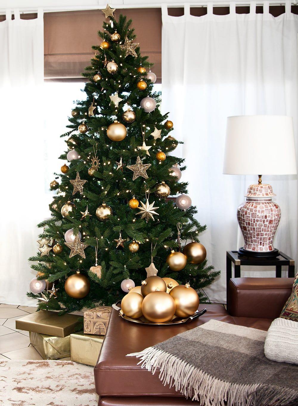 Weihnachtsbaum Dekorieren Http Www Ausmalbilder Co Weihnachtsbaum Dekorieren 2 Christmas Tree Inspiration Gold Christmas Tree Christmas Tree Themes